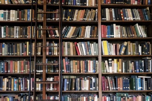 Podcast #493: 1,000 Books to Read Before You Die
