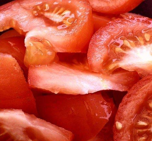 Saviez-vous que la tomate cuite est bien meilleure que crue ? On vous l'explique !