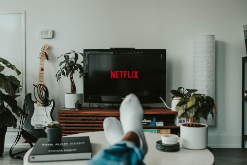 Father's Day 2021: 5 Netflix Shows to Binge Watch With Dad This Weekend