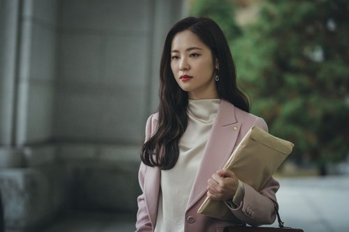 How To Recreate Vincenzo's Jeon Yeo-Bin's Stylish Suits