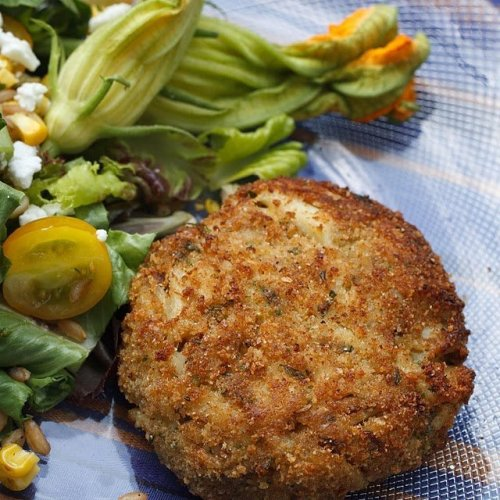 My Famous Jumbo Lump Crabcakes – Easy and Delicious