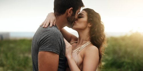 Master the Art of French Kissing With These Pro Tips