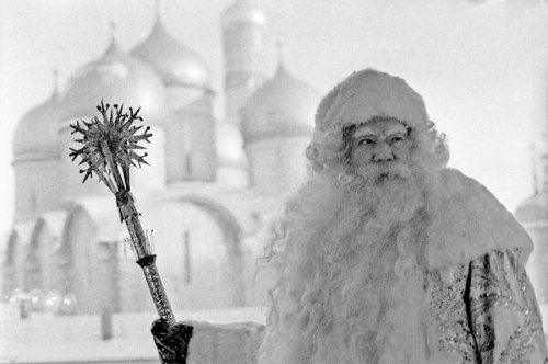 How Santa Survived the Soviet Era