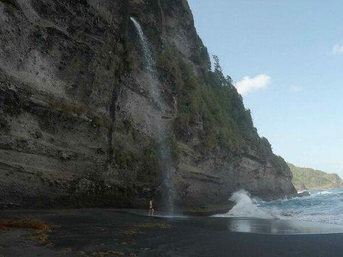 Wavine Cyrique (Secret Beach)