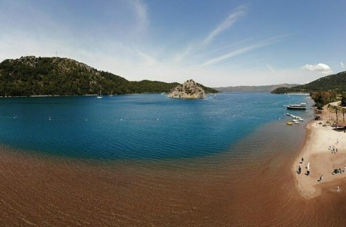 The Turkish Beach Where You Can Walk on Water