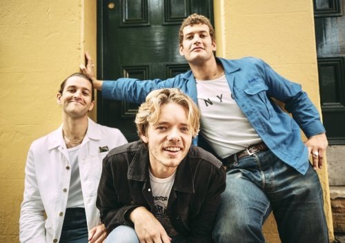 """Premiere: Sydney's Sons of the East Soar in """"Fool Me,"""" a Sweet & Jangling Singalong - Atwood Magazine"""