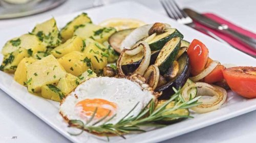 Gemüse Pfanne, nahrhaft ohne Fleisch, wunderbar einfach und schnell gemacht!