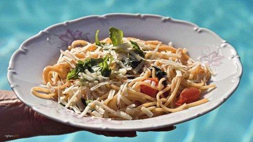 Sommer Spaghetti, ein einfaches und erfrischenden Rezept, schnell gemacht