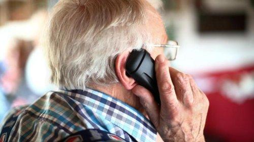 Enkeltrick: Rentner aus Ehekirchen fällt auf Betrüger rein