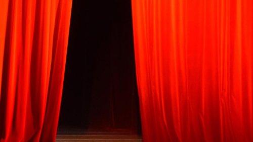 Auf so mancher Bühne im Kreis Dillingen wird wieder Theater gespielt