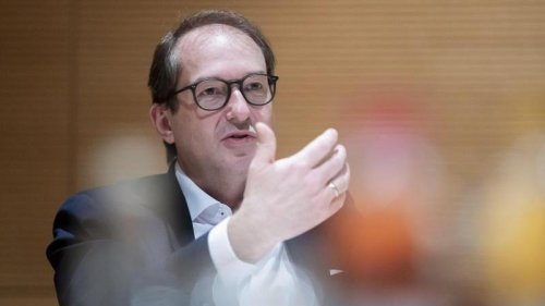 """CSU-Politiker Dobrindt: Aiwanger bedient sich """"bewusst der Sprache von Querdenkern"""""""