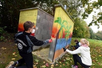 Workshop für Jugendliche: Hier sorgt Graffiti für bunte Tupfer am Badesee