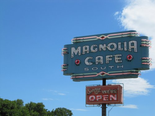 What happened to Austin's 24/7 restaurants, cafes and coffee shops?