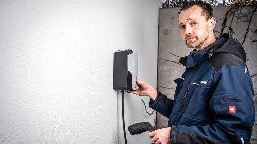Wallbox fürs E-Auto installieren: Das erlebte ein AUTO BILD-Mann