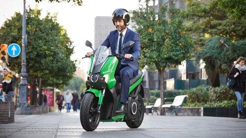 El cómo, el cuándo y el por cuánto de la ITV de una moto eléctrica