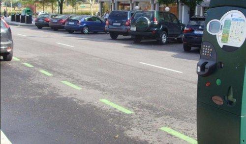 ¿Se puede aparcar en sentido contrario?