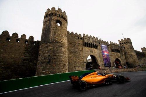 Alonso y Bakú: Vuelta al escenario de una de sus mejores carreras