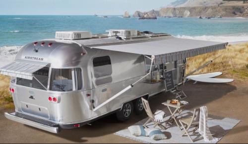 VÍDEO: Vas a alucinar con el nivel de acabado y calidad de esta caravana Airstream