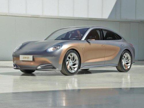 El nuevo coche eléctrico de Great Wall se parece mucho (mucho) al Porsche Panamera