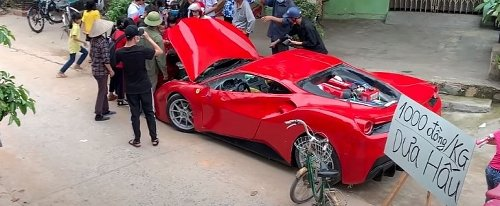 Homemade Ferrari 488 GTB Is Now Being Used to Sell Melons