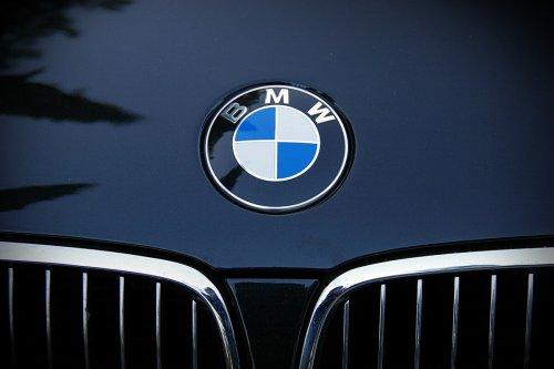 BMW : son logo ne signifie pas ce que vous pensez !