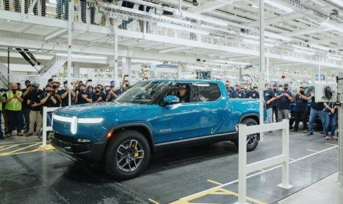 Rivian R1T : le 1er pick-up électrique au monde est sorti d'usine