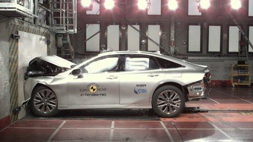 Toyota Mirai : 5 étoiles aux crash tests Euro NCAP