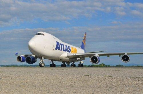 Deutsche Post-DHL setzt weiter auf Atlas Air