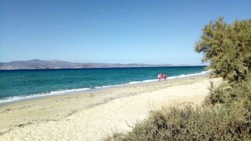Nice Places: Plaka Beach – Feiner Sandstrand auf Naxos