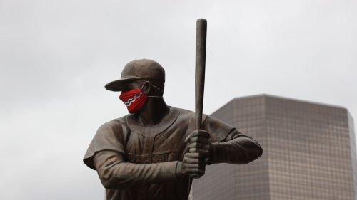 St. Louis reimposes masks mandates amid upswing in cases