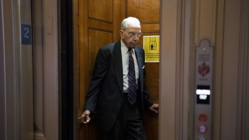 Poll: Most Iowa voters want Sen. Chuck Grassley out