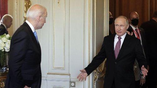 """Putin calls Biden summit """"constructive,"""" but blames U.S. for tensions"""