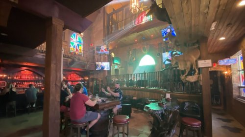Grand Cathedral Cigars is the coolest place to smoke in Tampa Bay