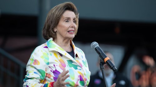 Pelosi demands Barr and Sessions testify on data subpoenas