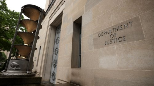 DOJ leak probe sought Apple data on 73 phone numbers