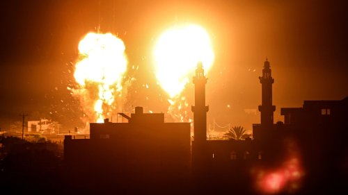 """Israeli military launches airstrikes in Gaza over """"incendiary balloons"""""""