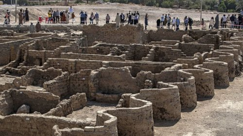 """In photos: Egypt unveils 3,000-year-old """"lost golden city"""""""