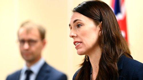 New Zealand suspends quarantine-free travel with Australia