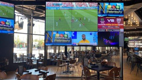 Smashburger founder opening sports bar in Minneapolis