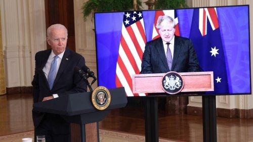 Scoop: Biden to host Boris Johnson at the White House next week