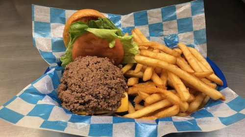 Iowa Beef Industry Council snubs Des Moines-area burgers