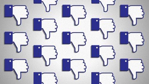 """Scoop: Facebook exec warns of """"more bad headlines"""""""