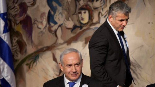 Yair Lapid receives mandate to form Israeli government, oust Netanyahu