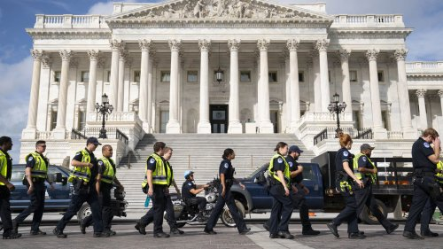 10 Black female officers sue D.C. police over alleged discrimination