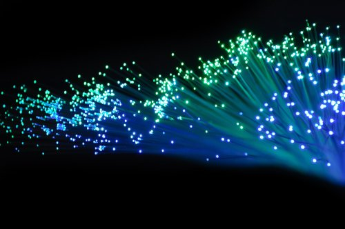 A fiber optic monitoring system for 5G light-powered networks