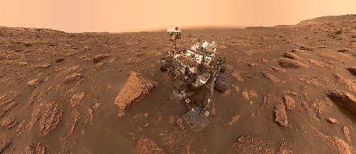 Curiosity rover finds patches of rock record erased, revealing clues