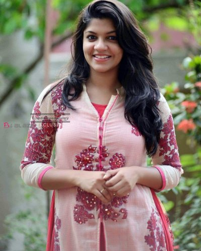 Aparna Balamurali opened her mind,'It's hard to do romance, because'