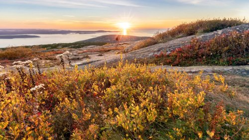 These 10 Unlikely Leaf Hikes Will Make You See Fall in a Whole New Way
