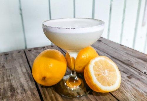 White Lady Cocktail Recipe | BaldHiker