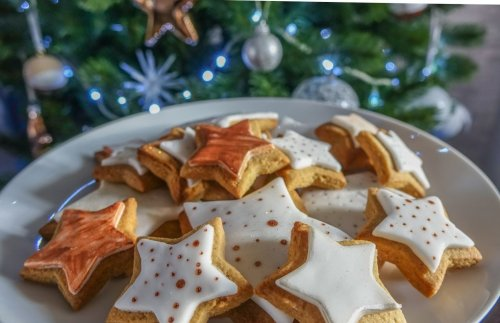Spiced Christmas Biscuits   BaldHiker